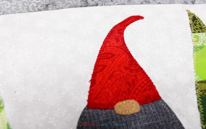 zig zag on gnome hat